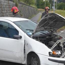 Incidente a Lurago  Auto contro il muro