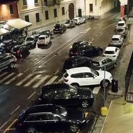 Appiano: disordine nella piazza  «Stop a bicchieri e bottiglie»