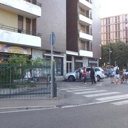 Rissa in piazza stazione  a Erba: 7 arrestati