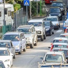 Traffico a como  Non solo il viadotto