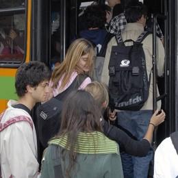 Como: treni, bus e battelli Arriva la card ricaricabile