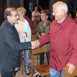 Asso, la visita dell'arcivescovo Delpini  «Grazie per la grande accoglienza»
