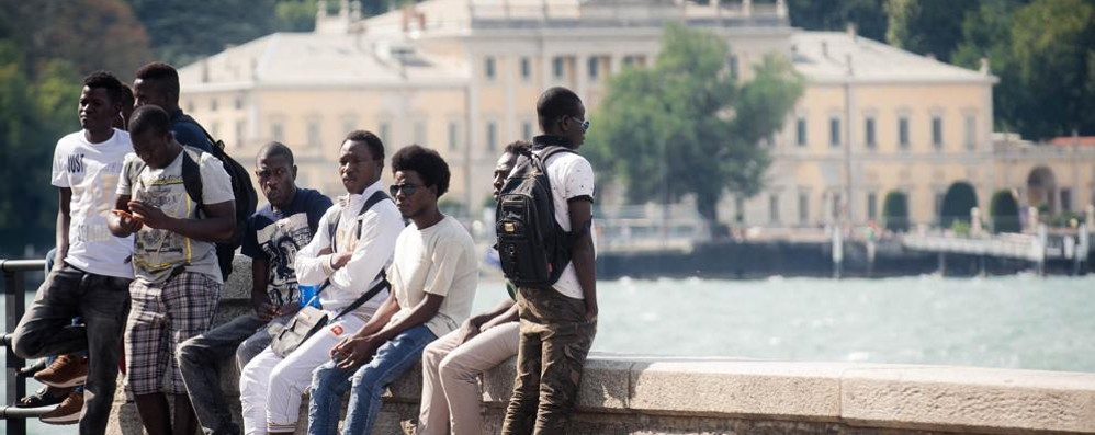 Il sindaco: «A Como i migranti sono troppi»