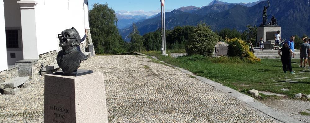 «Il Giro d'Italia  in Israele  umilia i palestinesi»  Bufera a Magreglio