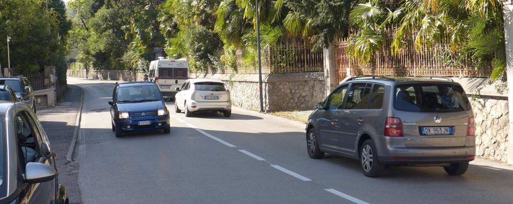 «Autovelox o dossi a Buccinigo»  T-Red e strisce non convincono