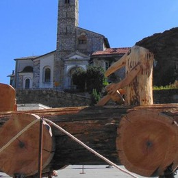 Festa del Legno, ci siamo  Tre sculture in piazza a Cantù