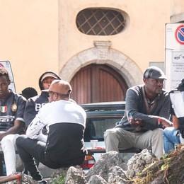 Appello del vescovo  su piazza San Rocco Il Comune dice no