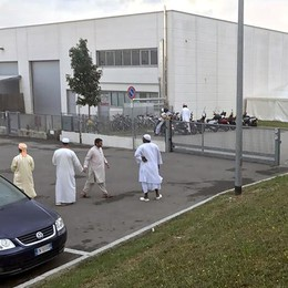Il parroco fa la predica al sindaco  «Cantù, ostacoli per gli islamici»