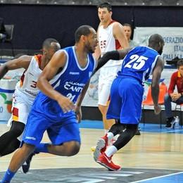 Basket, Cantù travolta:  Cremona vince di 35