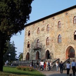 In vendita il castello di Monguzzo Necessario per salvare l'ospedale