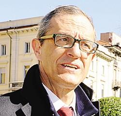 1 L'autosilo del nuovo ospedale Sant'Anna 2 Il sindaco Mario Lucini3 Pierluigi Mascetti, vicesindaco e assessore del Comune di San Fermo