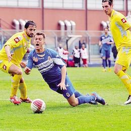 Scandalo calcioscommesse  Como, indagini su due partite