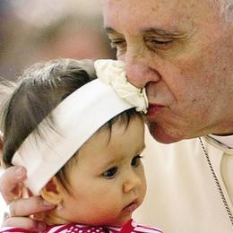 Telefonata di Papa Francesco  «Ma mio figlio è troppo malato»