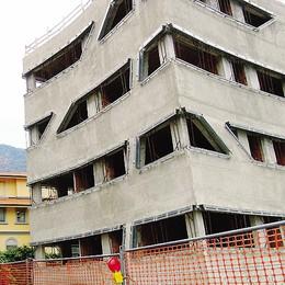 Canzo, senza soldi   l'edilizia non tira più