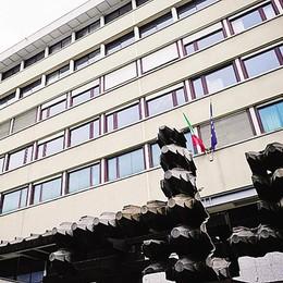 Rubò 300mila euro dei clienti  Niente risarcimento né carcere