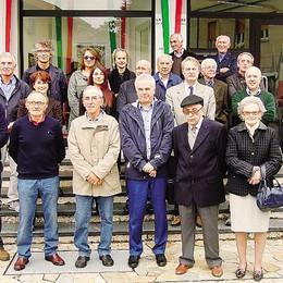 Mobilieri a Carugo  Premiati i pionieri