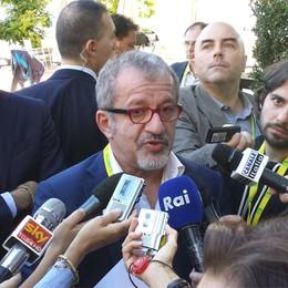Cernobbio, Maroni contro Renzi  «Così più tasse e chiudo ospedali»