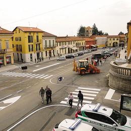 Telecamere ad Appiano Gentile  Piazza Libertà sorvegliata speciale
