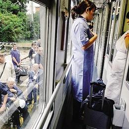 Un guasto ferma i pellegrini  Da Como in viaggio  per Lourdes