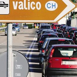 Autobus navetta e car pooling  Olgiate, via libera ai frontalieri