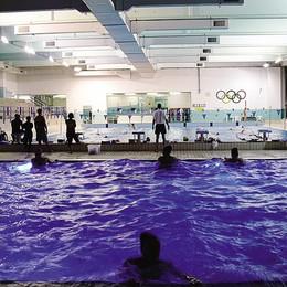 Pubblico e privato  si  sfidano in piscina