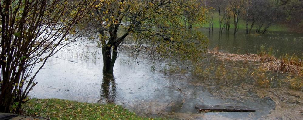Il lago di Crezzo fa tremare Onno