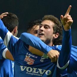 Tre gol al Pordenone e il Como è capolista