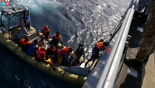 Immigrazione: 598 a Porto Empedocle