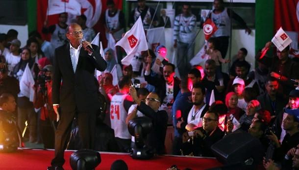 Tunisia: domani al via presidenziali