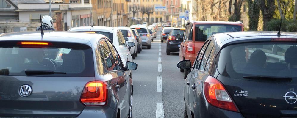 Via le auto dal centro  Anche a Natale