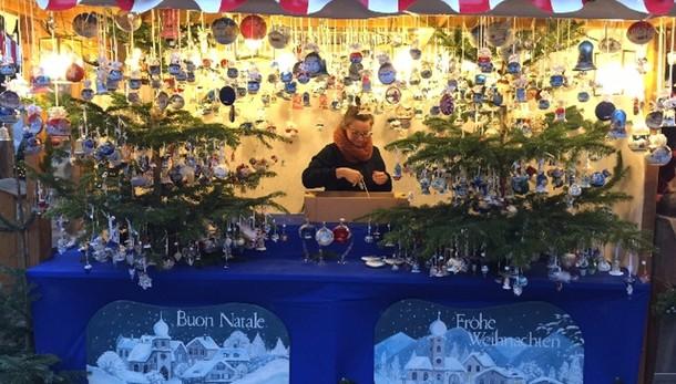 Inaugurato mercatino Natale di Bolzano