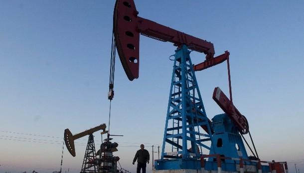 Petrolio: in calo a 73,14 dollari