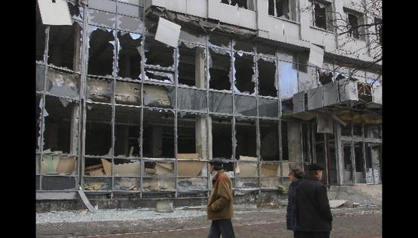 Ucraina: razzo forze Kiev uccide bambino