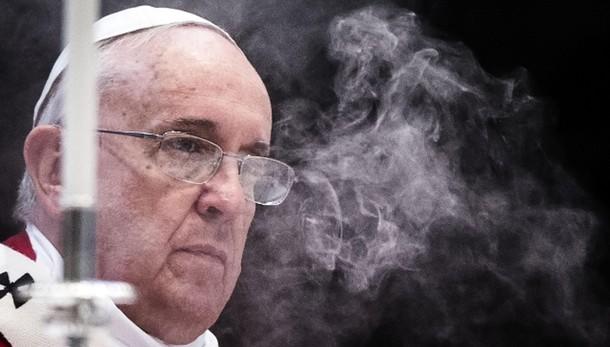 Papa: mance e tangenti,arriva corruzione
