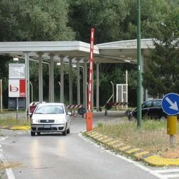 Valichi minori chiusi di notte  La Svizzera insiste
