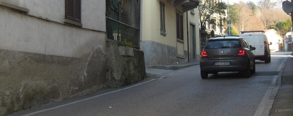 Ladri in casa a Crevenna e Arcellasco Erba,  la ronda si fa su WhatsApp