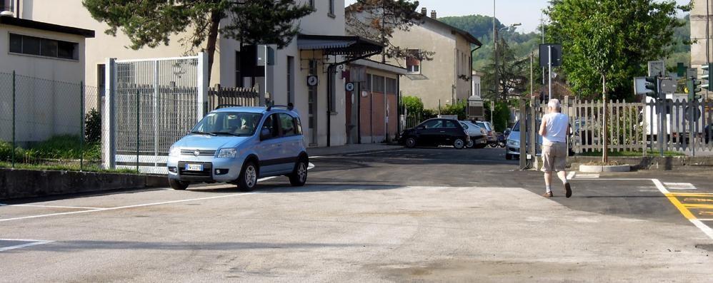 """Stazione di Cantù Asnago Arriva il """"gratta e sosta"""""""