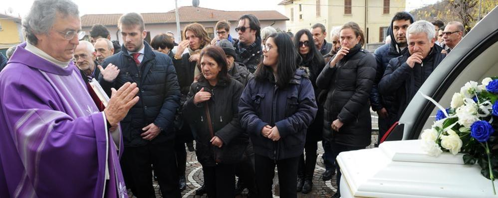 Chiesa gremita per l'addio a Mattia