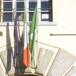 Vincono i 500 cittadini: oggi Montorfano  ritrova il suo crocifisso