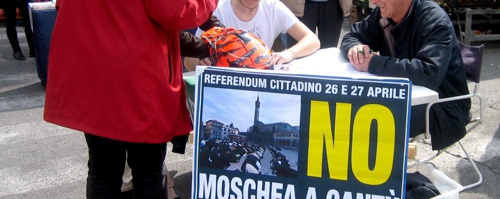 Moschea, la sfida della Lega Nord: «Il referendum lo facciamo noi»
