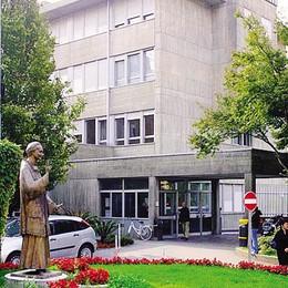 «A Gravedona il metodo Stamina»  L'ospedale nel mirino del pm