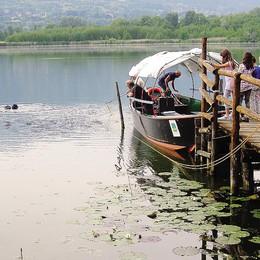 Alserio, svelati i misteri del lago  Immerso con telecamera in diretta