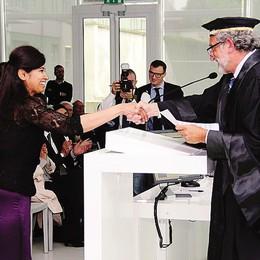 La crisi riporta  valore alla laurea