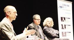 """Il direttore de """"La Provincia"""" Diego Minonzio (a sin.), il filosofo Silvano Petrosino e il responsabile de """"La Provincia di Lecco"""" Vittorio Colombo"""