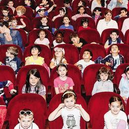 Como, bambini al Sociale  La festa di Cartolandia