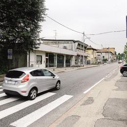 Fino, Via Garibaldi C'è il quarto semaforo