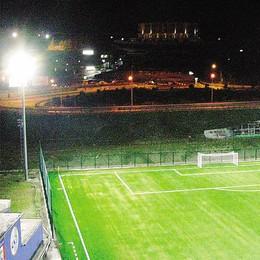 È di un assese l'idea dei led  per illuminare campi di calcio
