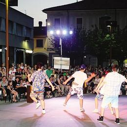 Musica, danze, shopping  A Mariano  vietato annoiarsi
