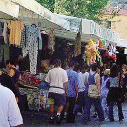 Dal lungolago al centro storico  Trasloca il mercato di Porlezza