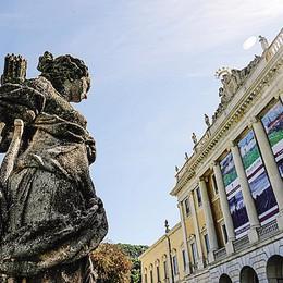 «Puliamo  le statue di Villa Olmo»  Il via libera dopo sei mesi
